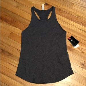 Under Armour Tops - Under Armour tank